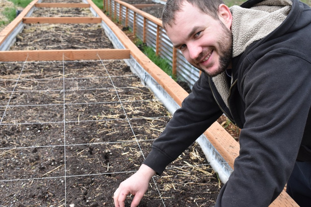 Handyman Planting