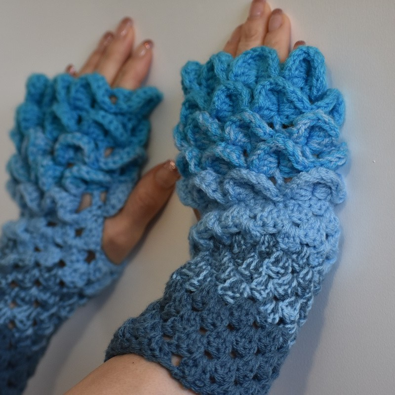 Dragon Scale Gloves – Crochet