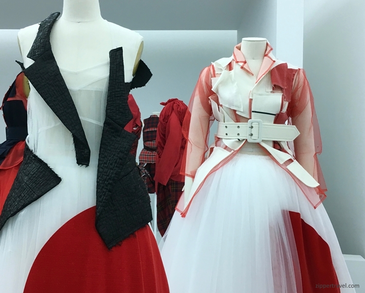 red black white Rei Kawakubo exhibit Metropolitan Museum