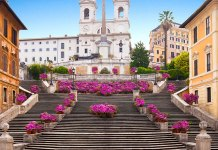 Sitting on Rome's Spanish Steps Can Earn You A Fine