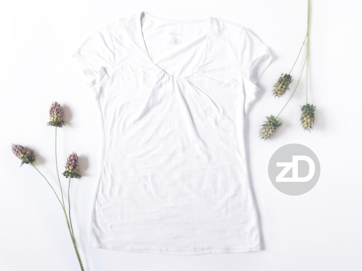 Zirkus Design | Photographing Flat Lay Product Mockups | Women's Scoop Neck T-Shirt