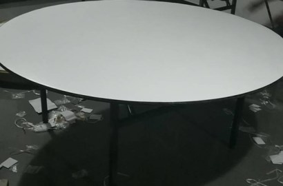 Zitas-Round-padded-top-table