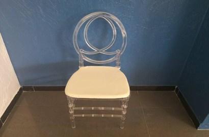 clear-acrylic-dior-3