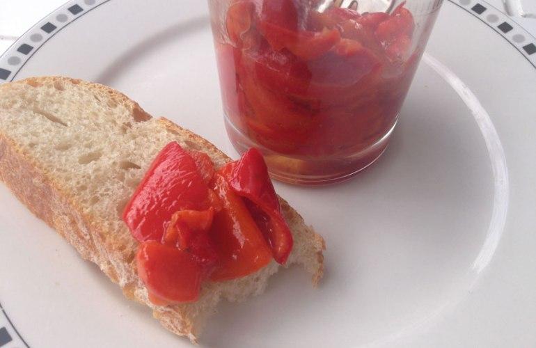 Paprikasalat aus Spitzpaprika Florinis, mariniert