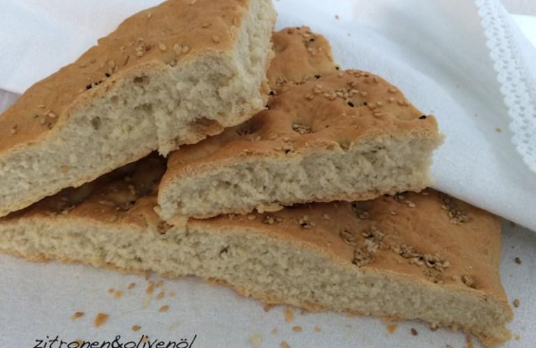 Das Brot zum Beginn der griechischen Fastenzeit - Lagana