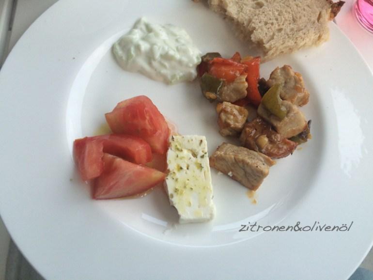 Griechisches Abendbrot mit Tigania