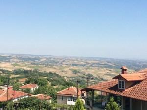 Blick von Ritini aufs Tal