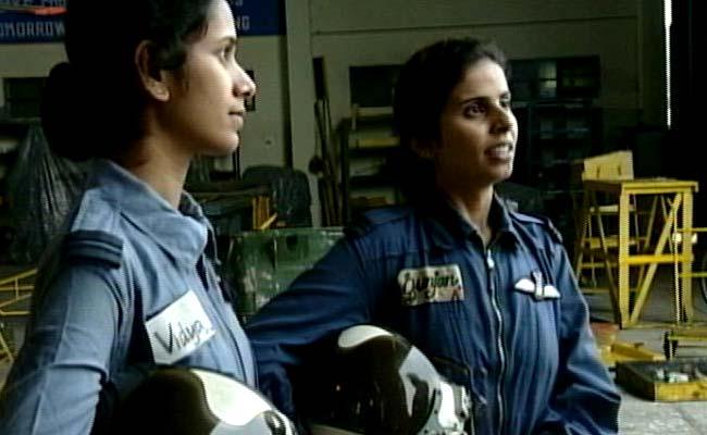 Flight Lieutenant Gunjan Saxena and Flight Lieutenant Srividya Rajan