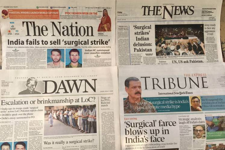Pakistani newspaper front pages, Sept. 30, 2016.