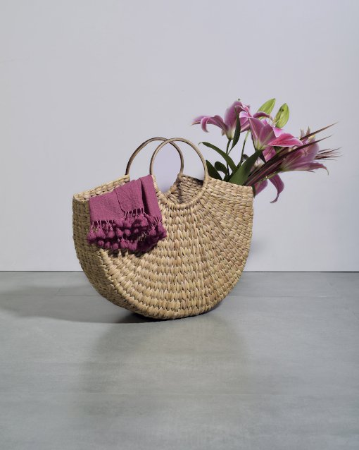 weaved hobo bag