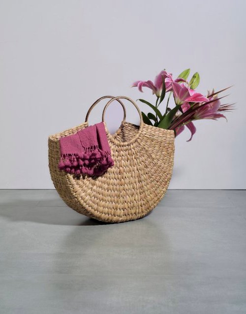 weaved hobo bag