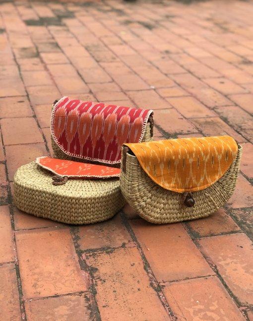 Kauna messenger bag