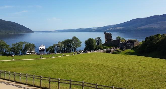 Postoji li čudovište iz Loch Nessa