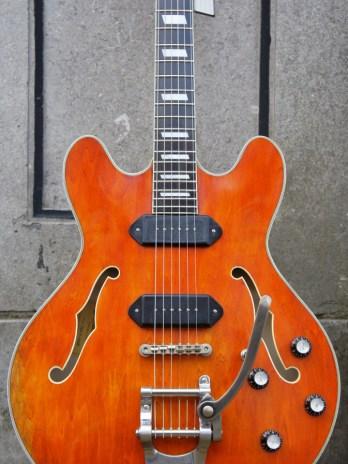 Eastman T64v – Antique Amber
