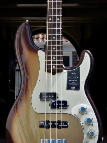Fender American Ultra Precision Bass – Mocha Burst