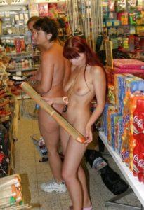 Nude shopping