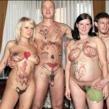Family body painting