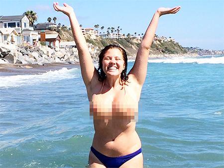 blurred nipples