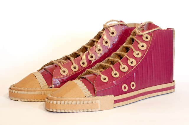 buty z kartonu - 4