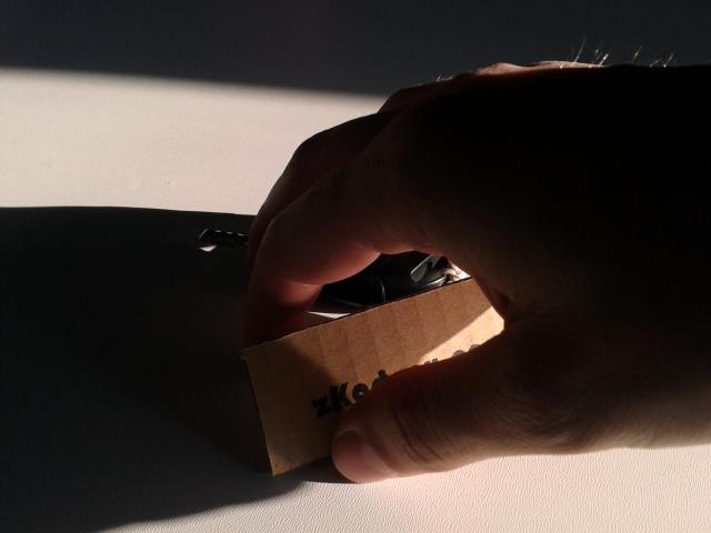 bryloczek-z-kartonu-4