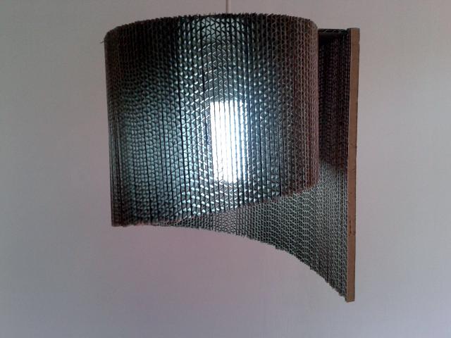 Muszla lampa z kartonu - 5