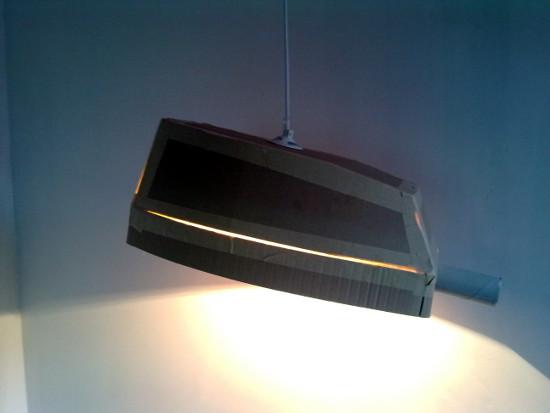 lampa-uliczna-z-tektury-kartonu-8