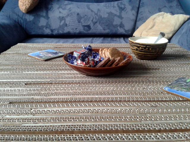 stol z tektury - 11