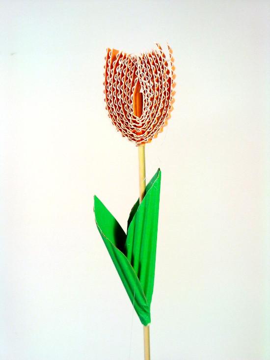tulipan-1 - Zabawki z tektury, zabawki z kartonu