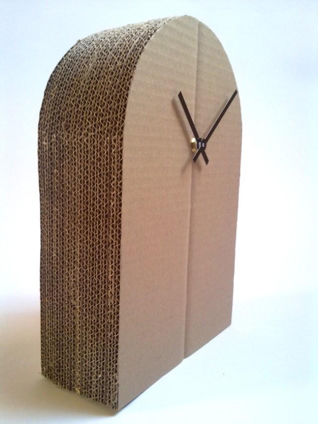 tekturowy-zegar-cardboard-clock-a-3