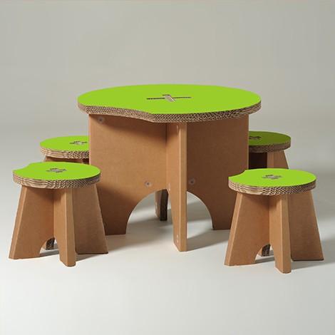 Meble dla dzieci z kartonu - 1