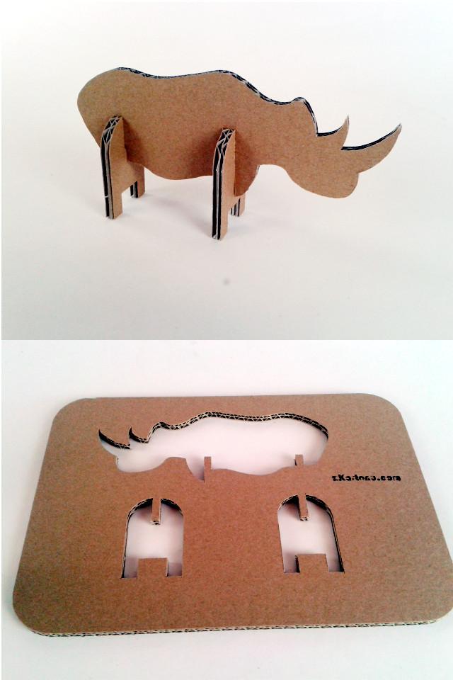 Nosorozec z tektury