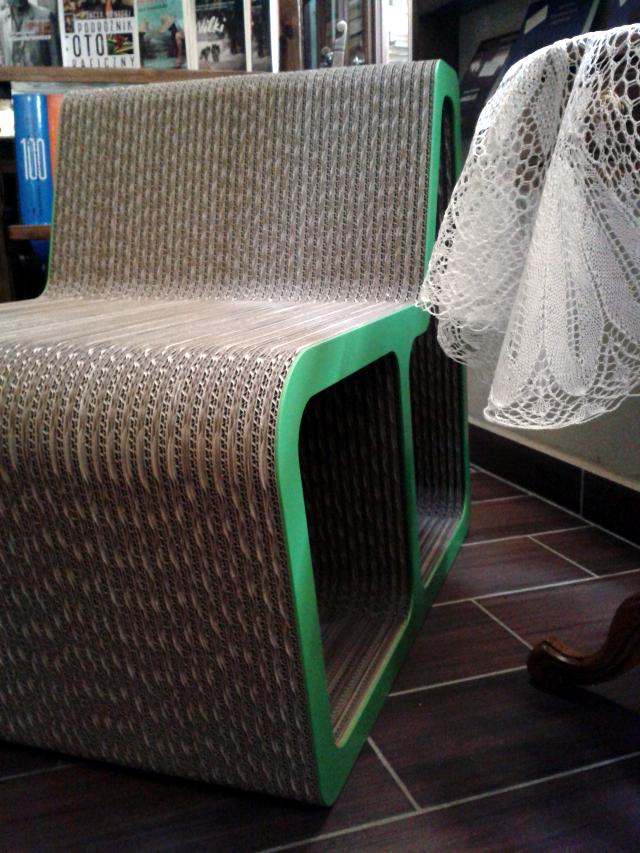 Sesja fotel z karotnu - 8