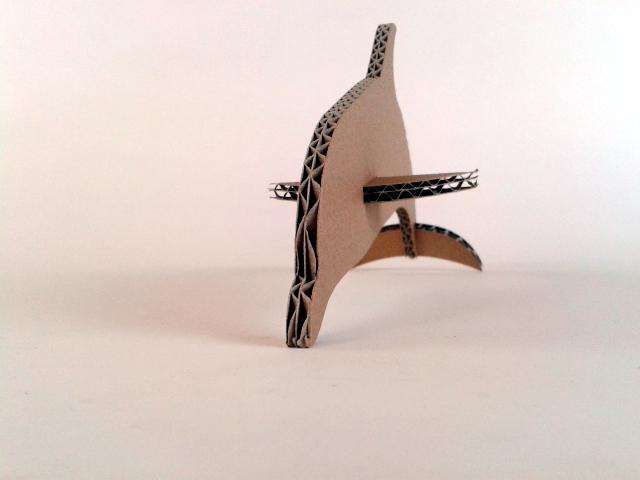 Delfin z kartonu - 5