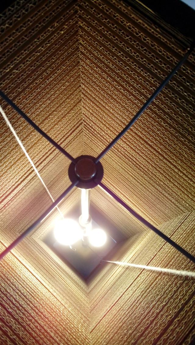 Lampa z kartonu wysoka - 6
