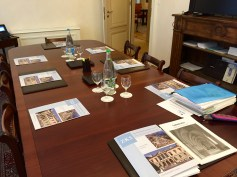 Table layout before start of ZKS board meeting