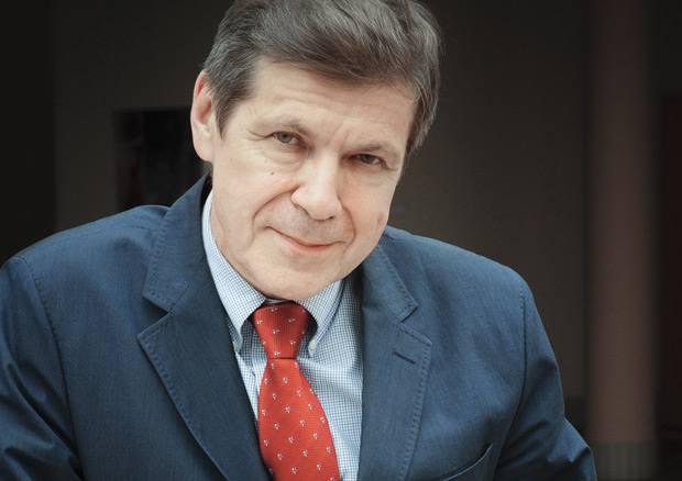 prof Grzegorz Opolski