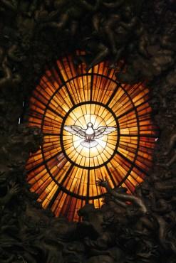 holy-spirit-1315165-640x960