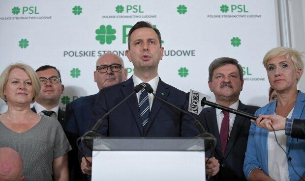 """У Польщі заговорили про зраду України, вимагають скасувати санкції: """"У нас з Росією всі ладнають"""""""