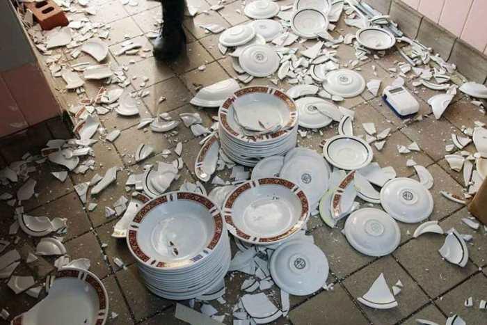 Битьё посуды перед свадьбой в Германии