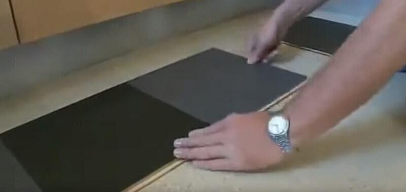 Installatie van tiler Marmoleum