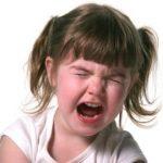 Ребенок устраивает истерики. что с этим делать