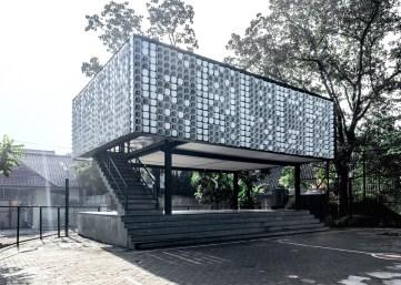 Bima-Microlibrary_SHAU-Bandung_dezeen_1568_1