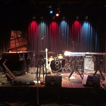 Stage set in St. Louis