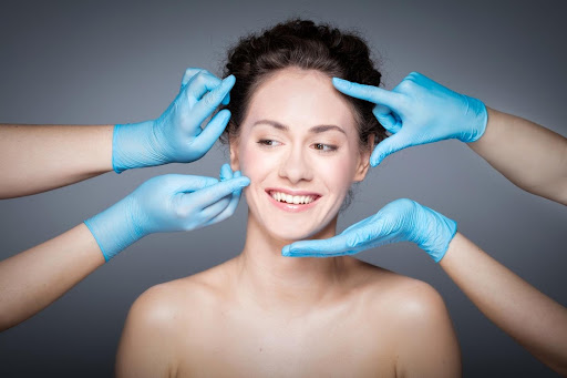 5 Tips for Choosing the Top Plastic Surgeons for You