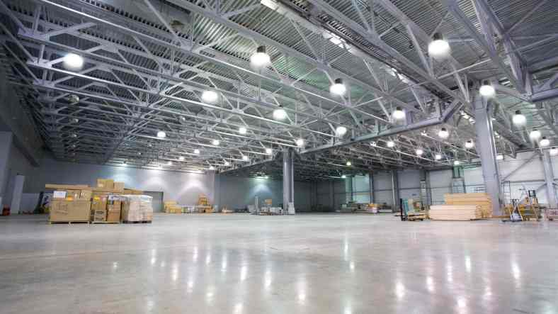 Lighting in Industries and use of LED High Bay Lights