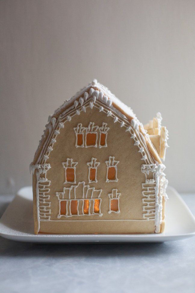Holiday Sugar Cookie House | ZoeBakes photo by Zoë François