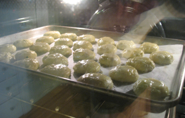 Baking Gougères | ZoëBakes | Photo by Zoë François