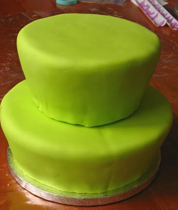 Layer Cake With Fondant   ZoëBakes   Photo by Zoë François