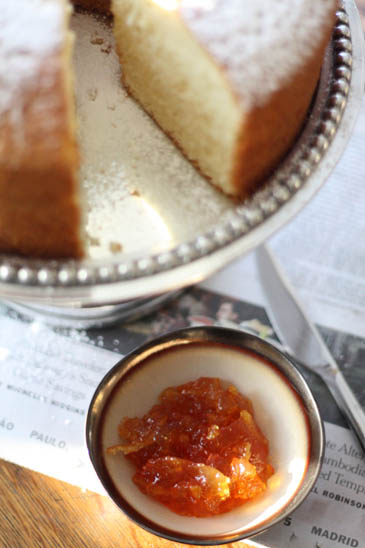 Chiffon cake with a bowl of marmalade | ZoëBakes | Photo by Zoë François