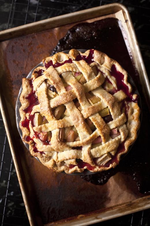 Rhubarb Pie | ZoeBakes
